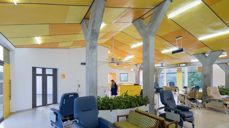 Photo of Butaro Ambulatory Cancer Center, Photo by Iwan Baan, Patient Ward with View of Individual Chairs