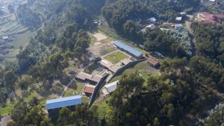 Aerial of Ruhehe Primary School, Copyright Iwan Baan